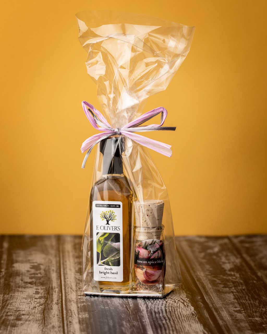 F. Oliver's EVOO and Spice Blend Wedding Favors